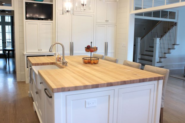 Maple Edge Grain San Diego - The Countertop Company